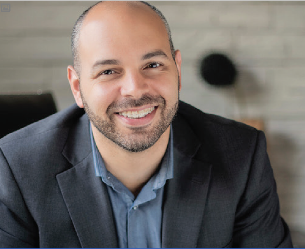 Headshot of Dr. Eric Himaya